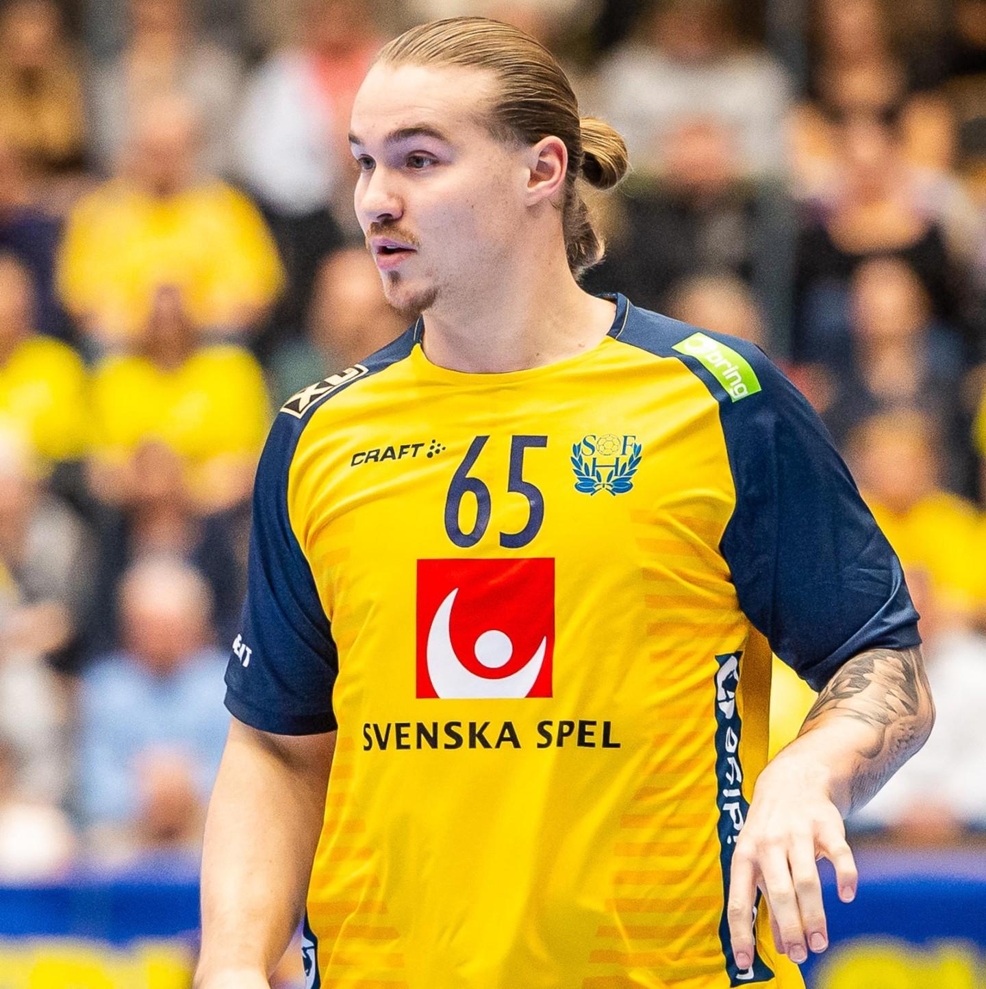 65 Lukas Nilsson