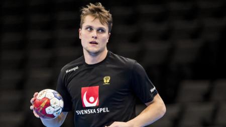 Emil Frend Öfors VM-debuterar i kväll
