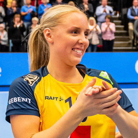 10 Mathilda Lundström