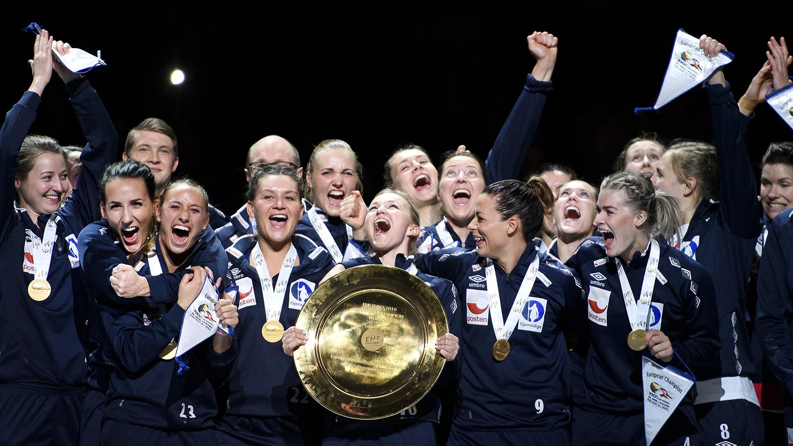 Svenska damer och herrar i em final