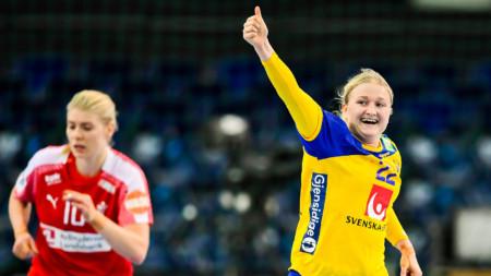 Sverige till semifinal efter seger mot Danmark