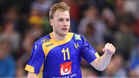 Pettersson tillbaka på hemmaplan