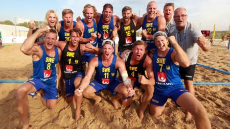 Årets första samling för beachlandslaget