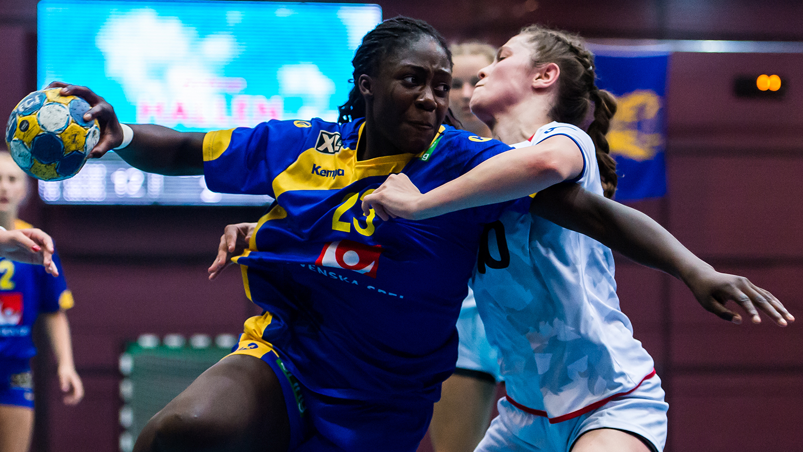 Tuff start for handbollslandslaget