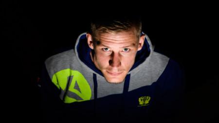 PLAY: Linus Arnesson laddar för VM-debuten