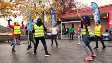 Första streethandbollsmålet i Sverige är invigt
