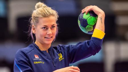 PLAY: Nathalie Hagman laddar för VM i Japan