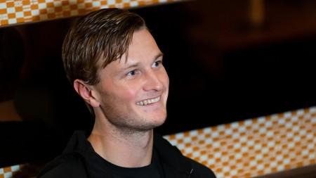 Carlsbogård tog långa vägen till landslaget