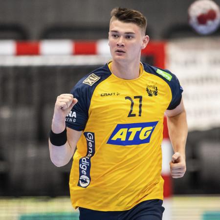 27 Oskar Sunnefeldt