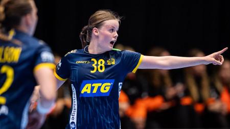 Sverige möter Uzbekistan i VM-premiären